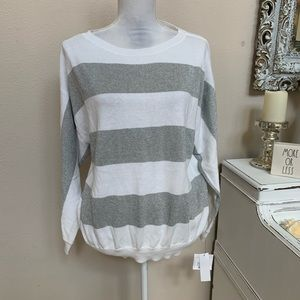 Liz Claiborne sweater size Large 0038